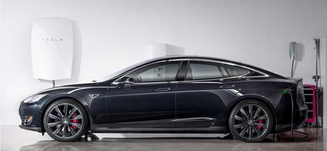 Tesla-car-Powerwall-web
